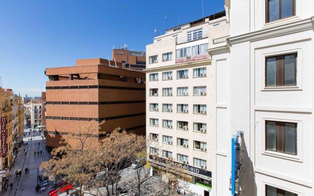 Hotel Negresco Gran Vía вид на фасад