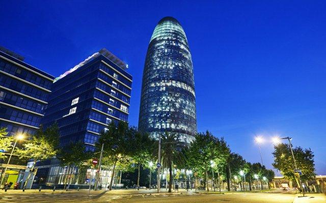 Galaxy Star Hostel Barcelona вид на фасад