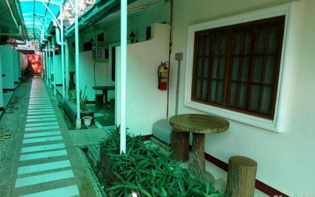 D' Lucky Garden Inn