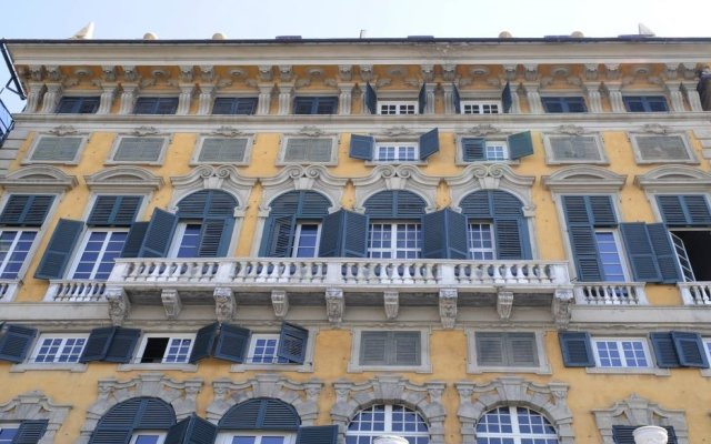 Отель La Superba Rooms & Breakfast Генуя вид на фасад