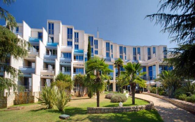 Отель Valamar Crystal