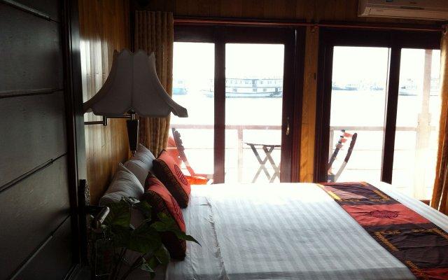 Отель Annam Junk комната для гостей