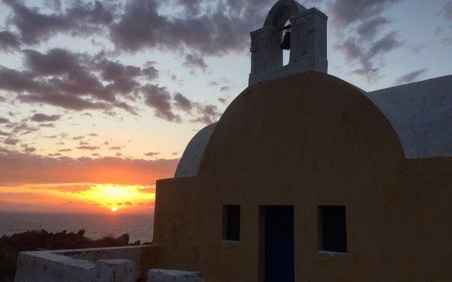 Отель Oia Sunset Villas Греция, Остров Санторини - отзывы, цены и фото номеров - забронировать отель Oia Sunset Villas онлайн вид на фасад