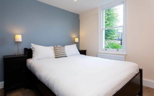 Отель Gillespie Road комната для гостей