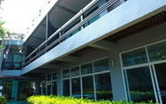 Отель Maya Koh Lanta Resort вид на фасад