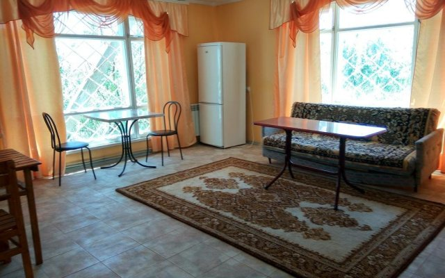 Гостиница Константин Бердянск комната для гостей