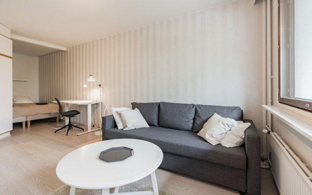 Апартаменты Local Nordic Apartments - Polar Bear Ювяскюля комната для гостей