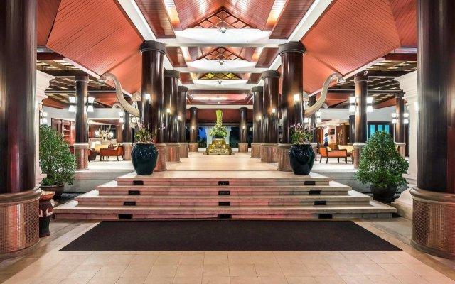 Отель Novotel Samui Resort Chaweng Beach Kandaburi вид на фасад