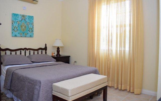 Отель Winchester 16A by Pro Homes Jamaica комната для гостей