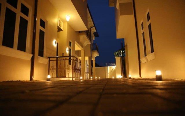 Отель Kiniz Luxury Apartments Нигерия, Уйо - отзывы, цены и фото номеров - забронировать отель Kiniz Luxury Apartments онлайн вид на фасад