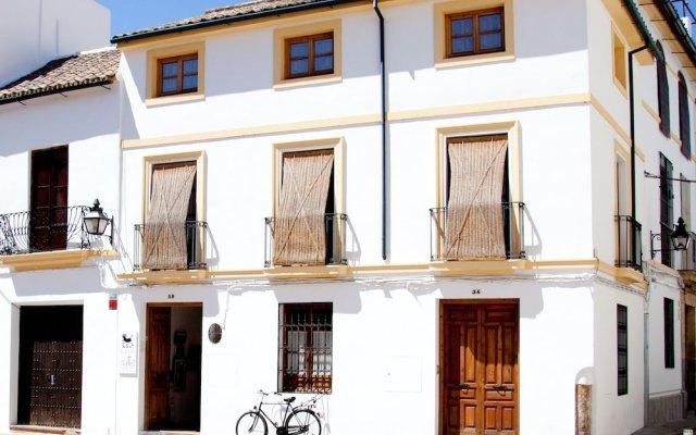 Отель Las Casas del Potro вид на фасад