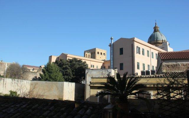 Отель B&B Alla Cattedrale Италия, Палермо - отзывы, цены и фото номеров - забронировать отель B&B Alla Cattedrale онлайн вид на фасад