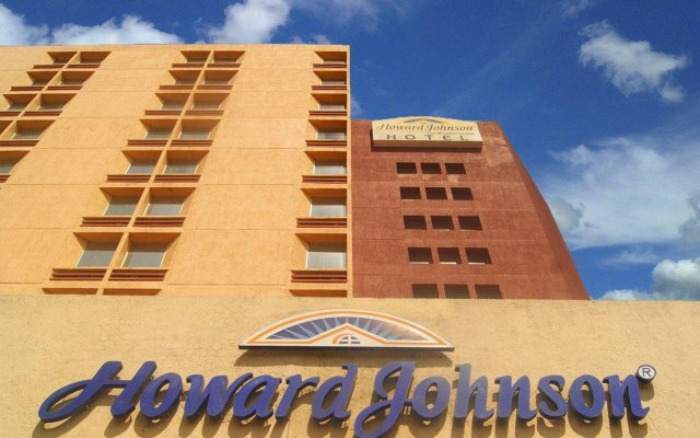 Howard Johnson Plaza Hotel Las Torres