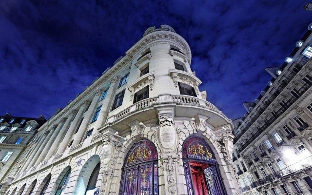 Отель Banke Hôtel вид на фасад