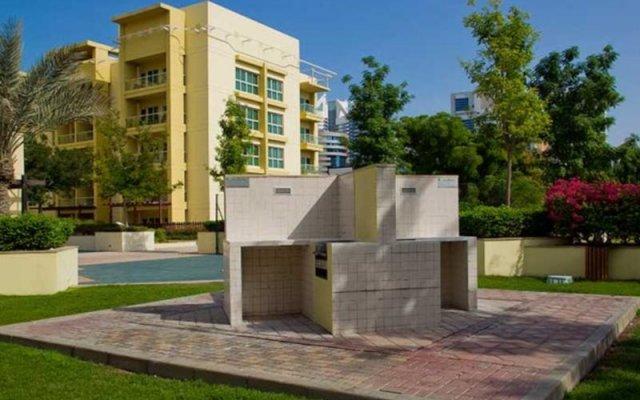 Отель Skai Residency (Ska1 Holiday Homes) вид на фасад