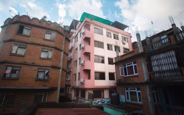 Отель Backyard Hotel Непал, Катманду - отзывы, цены и фото номеров - забронировать отель Backyard Hotel онлайн вид на фасад