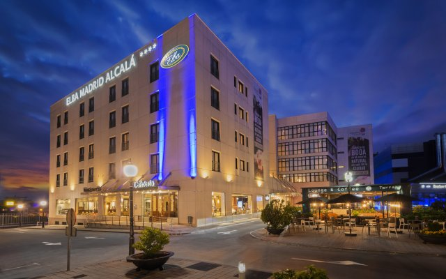 Отель Holiday Inn Madrid - Calle Alcala вид на фасад