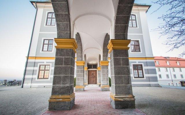 Hotel Schloss Leitheim In Biberbach Germany From 232 Photos