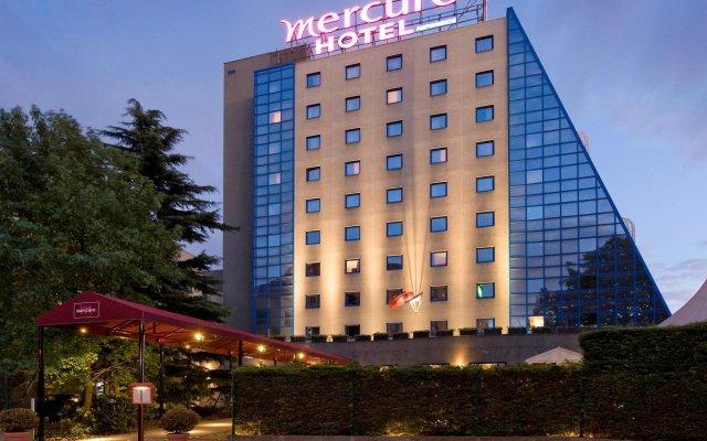 Hotel Mercure Paris Porte de Pantin вид на фасад