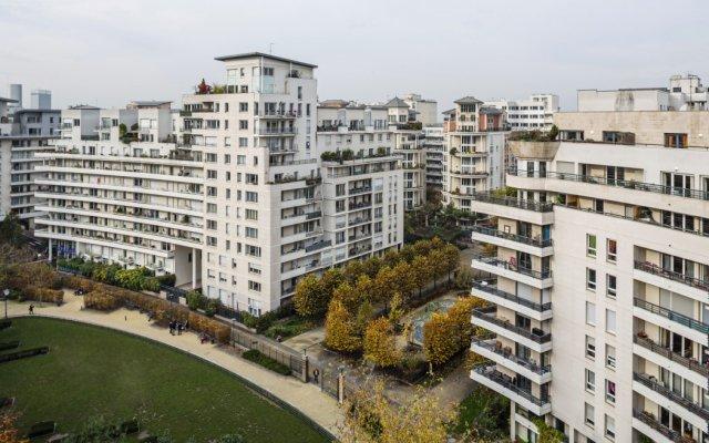 Отель Residhome Courbevoie La Défense вид на фасад