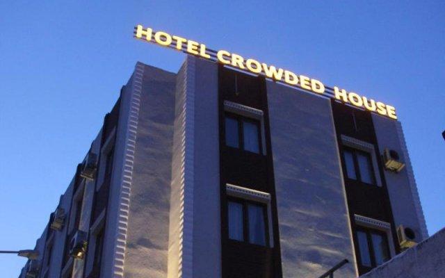 Crowded House Турция, Эджеабат - отзывы, цены и фото номеров - забронировать отель Crowded House онлайн вид на фасад