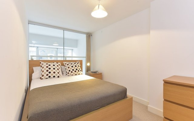 Апартаменты Glorious City Apartments комната для гостей