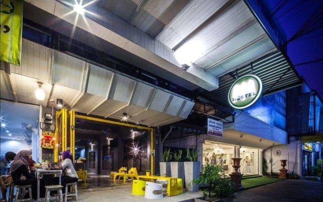 Отель Fulfill Phuket Hostel Таиланд, Пхукет - отзывы, цены и фото номеров - забронировать отель Fulfill Phuket Hostel онлайн вид на фасад