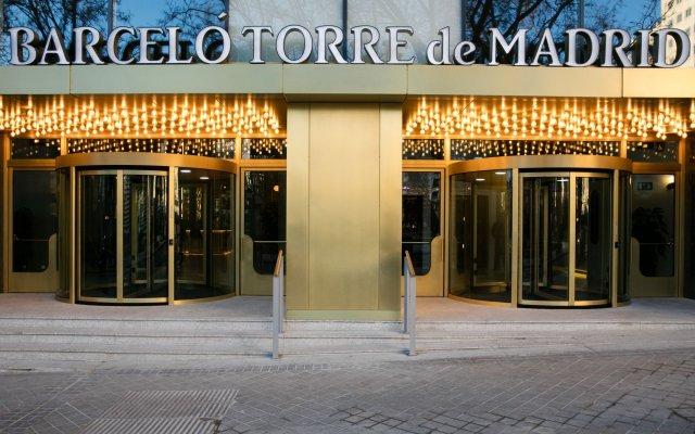 Отель Barcelo Torre de Madrid Испания, Мадрид - 1 отзыв об отеле, цены и фото номеров - забронировать отель Barcelo Torre de Madrid онлайн вид на фасад