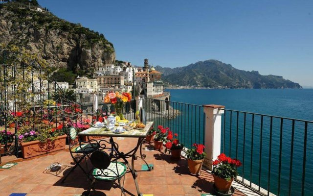 Отель Eva Rooms Италия, Атрани - отзывы, цены и фото номеров - забронировать отель Eva Rooms онлайн пляж