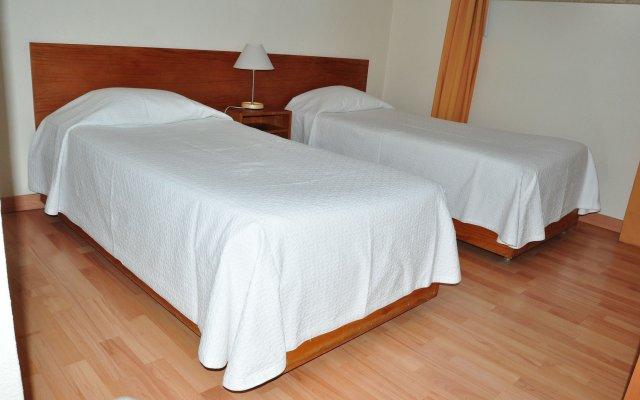 Отель Solar Das Palmeiras Португалия, Виламура - отзывы, цены и фото номеров - забронировать отель Solar Das Palmeiras онлайн комната для гостей