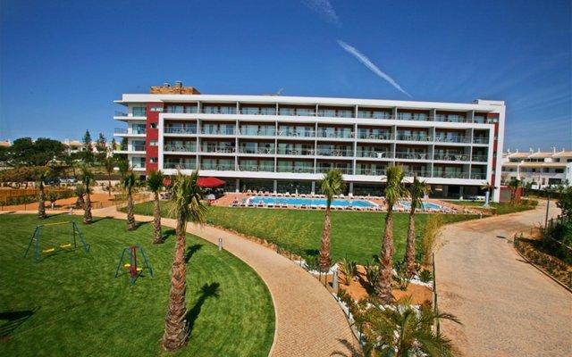Areias Village Beach Suite Hotel вид на фасад