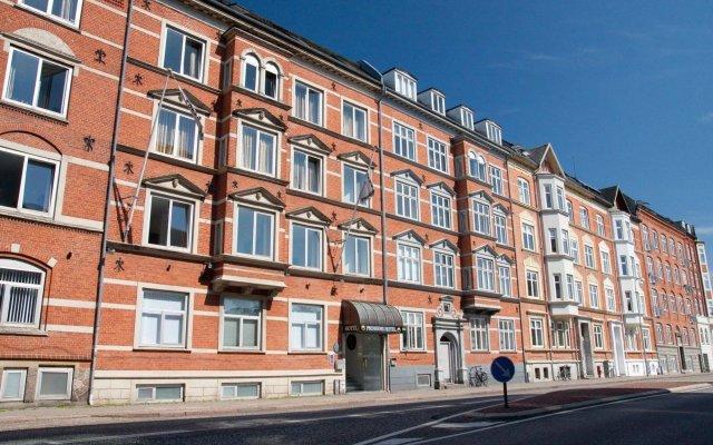 Отель Room Rent Prinsen Дания, Алборг - отзывы, цены и фото номеров - забронировать отель Room Rent Prinsen онлайн вид на фасад