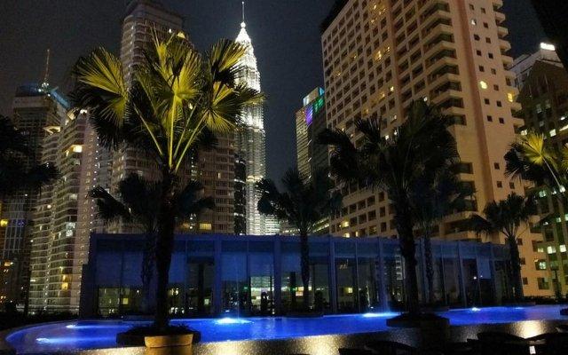 Отель Vortex KLCC Apartments Малайзия, Куала-Лумпур - отзывы, цены и фото номеров - забронировать отель Vortex KLCC Apartments онлайн вид на фасад