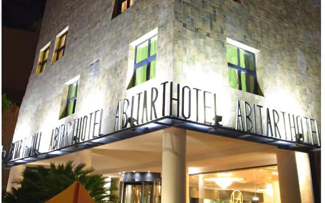 Abitart Hotel вид на фасад