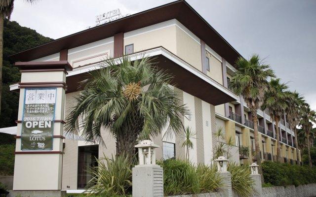 Hotel Lotus Минамиавадзи вид на фасад