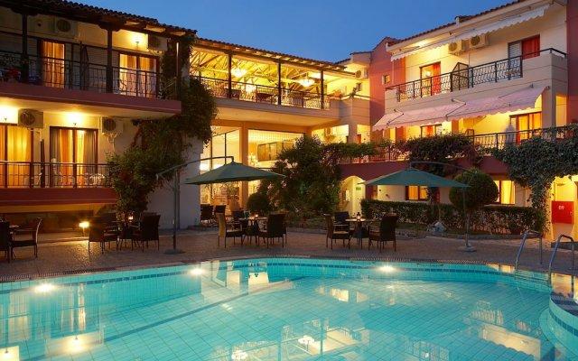 Отель Pelli Hotel Греция, Пефкохори - отзывы, цены и фото номеров - забронировать отель Pelli Hotel онлайн вид на фасад