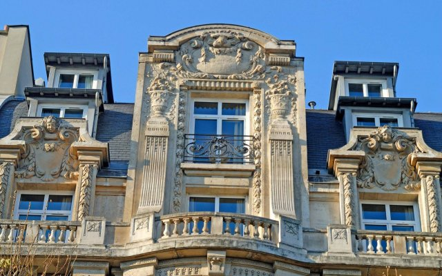Отель Holiday Inn Gare De Lyon Bastille Париж вид на фасад