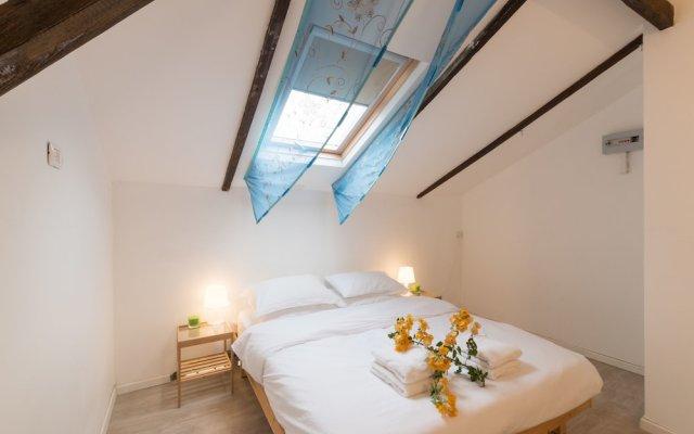 Отель Gorgeous Apt in Neve Tzedek with Parking Тель-Авив комната для гостей
