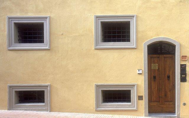 Отель B&B Palazzo Al Torrione Италия, Сан-Джиминьяно - отзывы, цены и фото номеров - забронировать отель B&B Palazzo Al Torrione онлайн вид на фасад