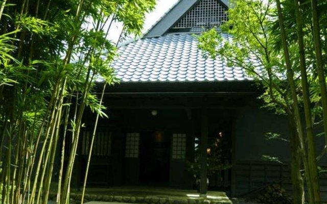 Отель Tsukino Usagi Ито вид на фасад