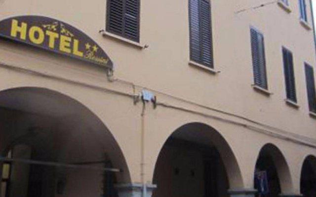 Отель Albergo Rossini 1936 Италия, Болонья - 7 отзывов об отеле, цены и фото номеров - забронировать отель Albergo Rossini 1936 онлайн вид на фасад
