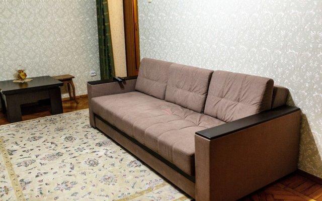 Апартаменты Apartment on Novoselov St. 11 Green Area 7 Сочи комната для гостей