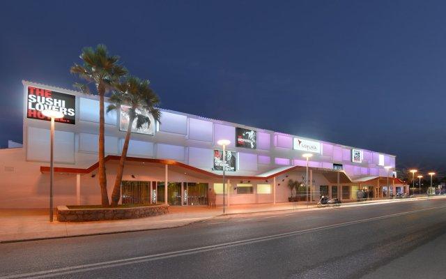 Ushuaia Ibiza Beach Hotel - Adults Only вид на фасад
