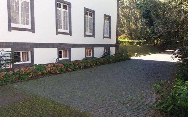 Отель Residencial Casa Do Jardim Понта-Делгада вид на фасад