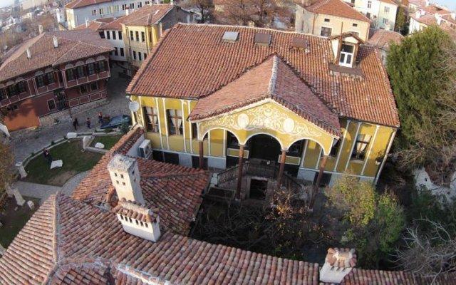 Отель Guest House Old Plovdiv Болгария, Пловдив - отзывы, цены и фото номеров - забронировать отель Guest House Old Plovdiv онлайн вид на фасад