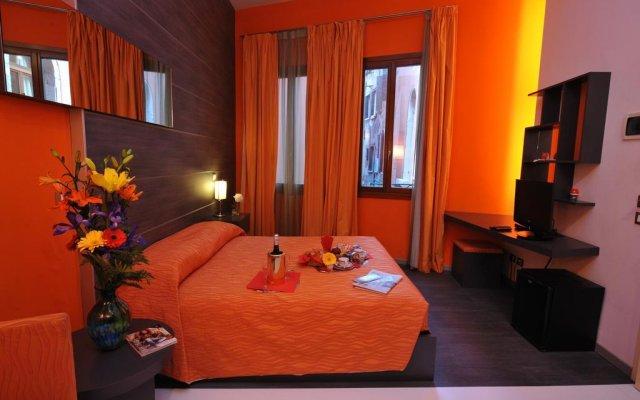 Отель Bed & Breakfast Diamante e Smeraldo Hotel Италия, Венеция - отзывы, цены и фото номеров - забронировать отель Bed & Breakfast Diamante e Smeraldo Hotel онлайн комната для гостей