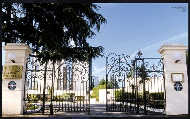 Отель Palladia Франция, Тулуза - 3 отзыва об отеле, цены и фото номеров - забронировать отель Palladia онлайн вид на фасад