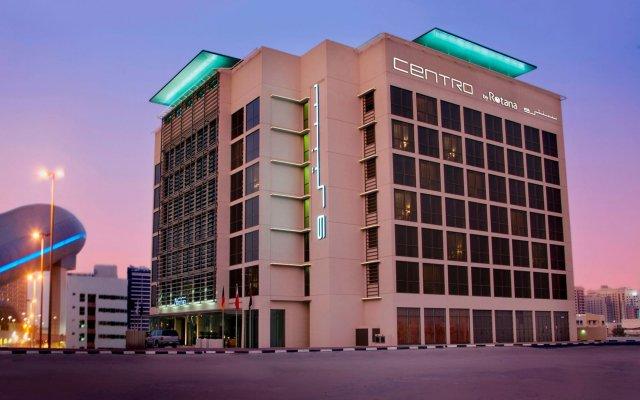 Отель Centro Barsha by Rotana вид на фасад