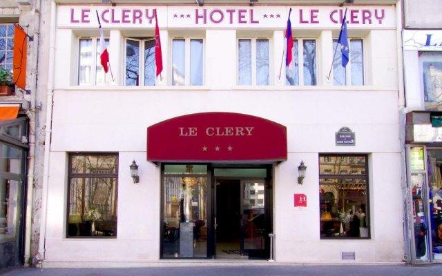Отель Le Clery вид на фасад