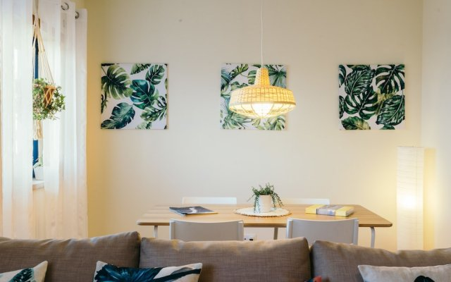 Апартаменты Best Houses 24 - New & Stunning Apartment